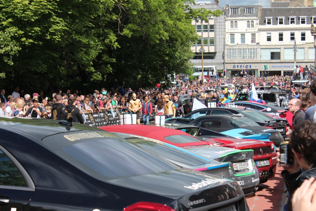 2014-06-08-Gumball3000-Rally-Mound-Down