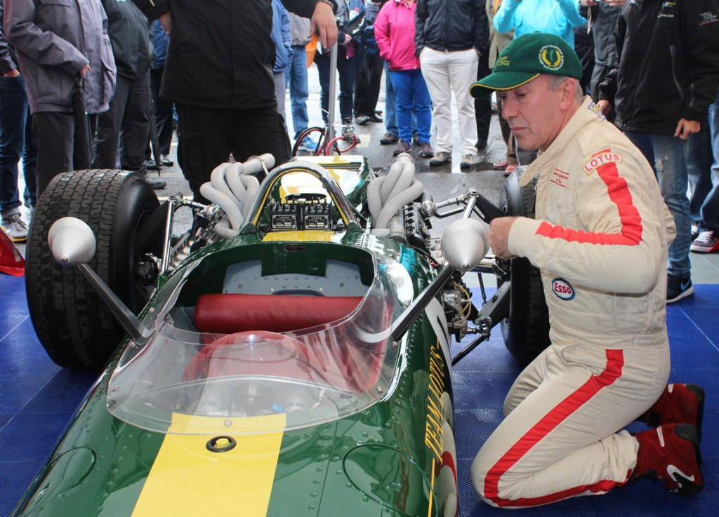 Jim-Cark-Lotus-43-Getting-Ready-To-Fire-Up