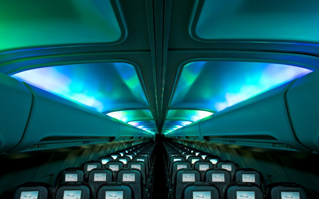 Icelandair-Cabin-Aurora-Lights-1