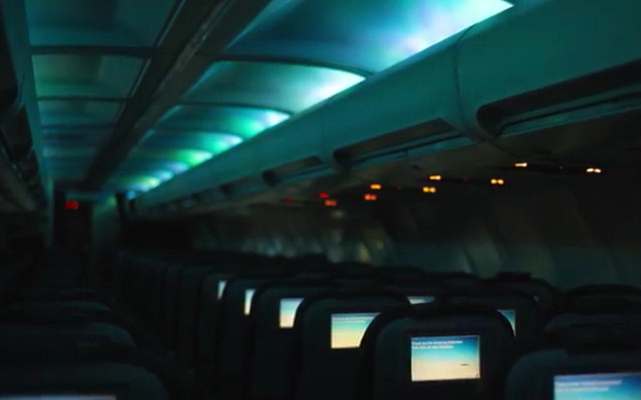 Icelandair Airplanes with Interior Aurora LED Lighting