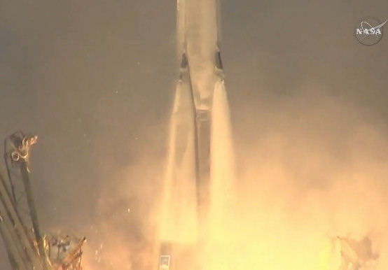 2015-12-15-Soyuz-Launch